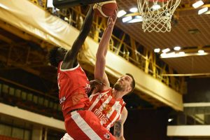 "Read more about the article ""Crveno-beli"" ubedljivi protiv Kragujevčana"